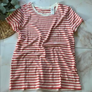 NWT - Gap Factory red/white striped tee-size L